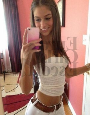 Sahara escort girl
