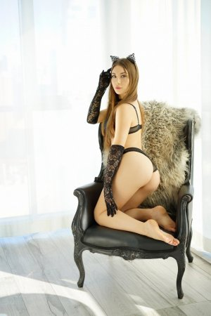 Claire-amélie independent escort in Land O' Lakes Florida